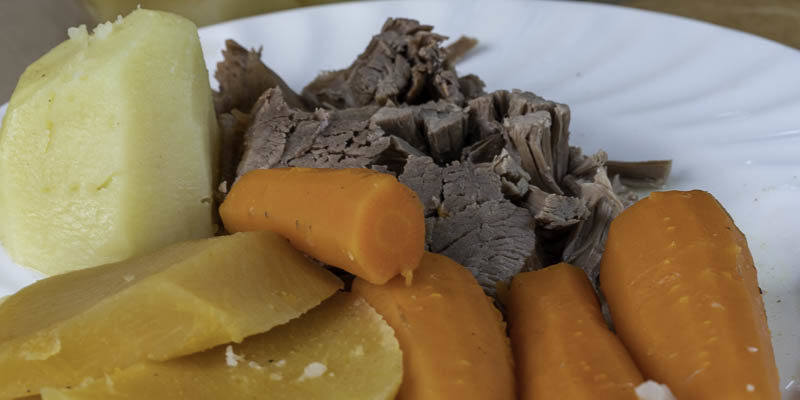photo of dysart's roast beef meal